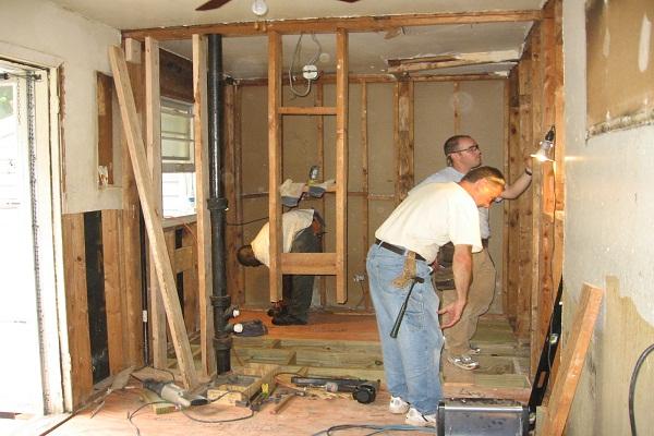 An tâm với bảng báo giá sửa chữa nhà 2016