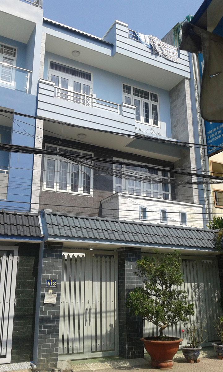 Nhà Phố A18 KDC K82
