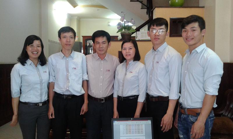 nhân viên văn phòng của NAM TRUNG LỰC